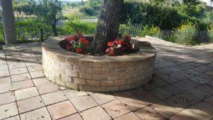 Briques en terre cuite pour parterre de fleurs